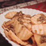 ziemniaki w sosie czosnkowym, dobra przegryzka dla piwa